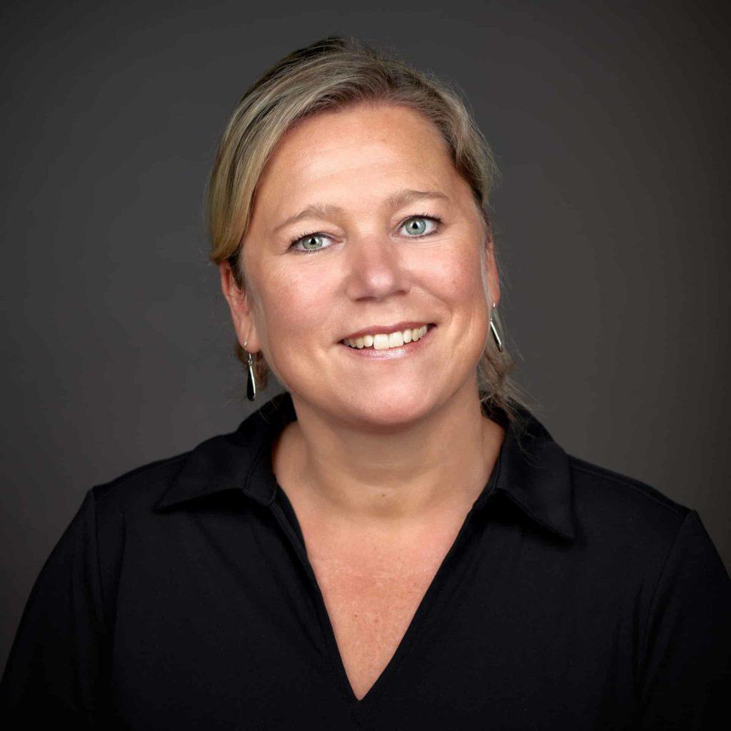 Cindy Smits